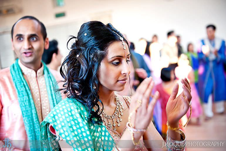 Bride and Groom doing Garba | Sanjay Gohil Saanji in Harrow | Indian Wedding Photography London | 3184