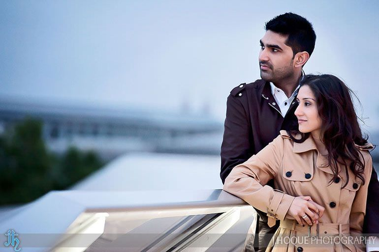 Couple on One New Change rooftop bar | London Asian Wedding Photographer | Pre Wedding in St Pauls | 0064
