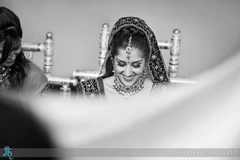 Alrewas Hayes Indian Wedding Photographer Staffordshire | 0222-BW