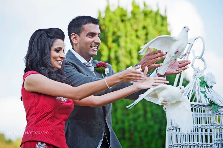 Moor Park Wedding | Hertfordshire Indian Wedding Photographer | R-0138