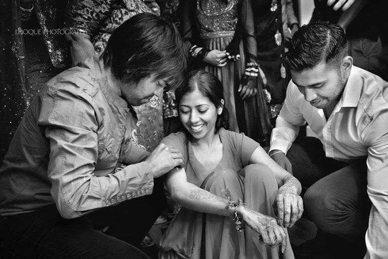 Sikh Wedding Photography Kent | Maiyan Ceremony | 053-BW
