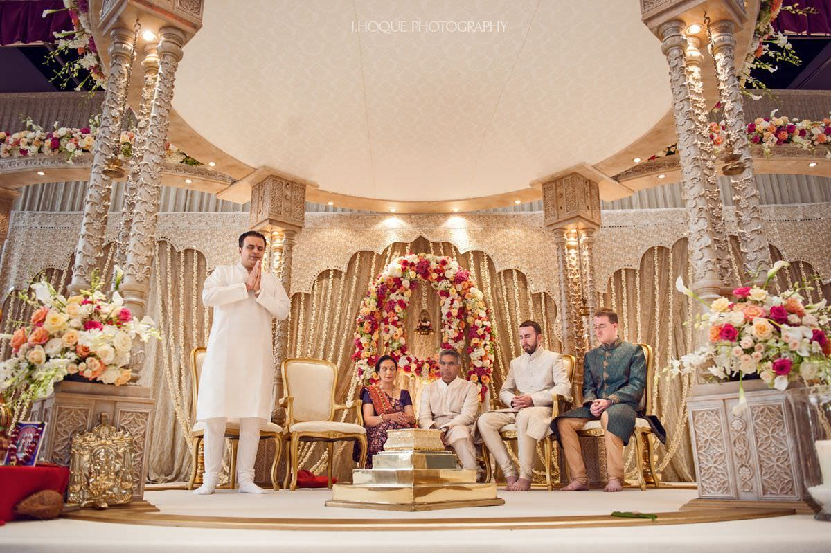 Moment of prayer | Hindu Fusion Wedding Photography London