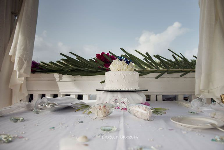 Destination Wedding: Blue Waters Hotel Antigua | CIV-0399
