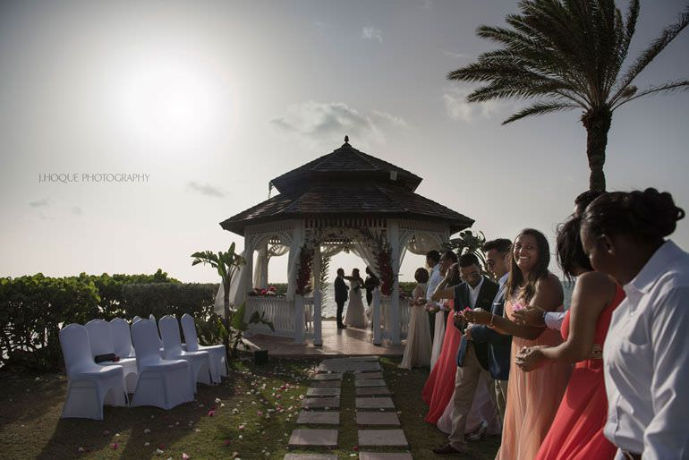 Destination Wedding: Blue Waters Hotel Antigua | CIV-0717