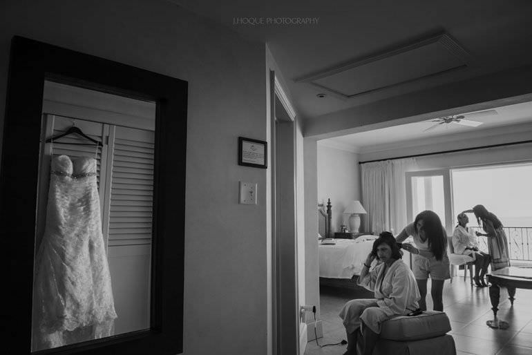 Bride and mum getting ready in Cove Suites Blue Waters Resort Antigua | CIV-0017