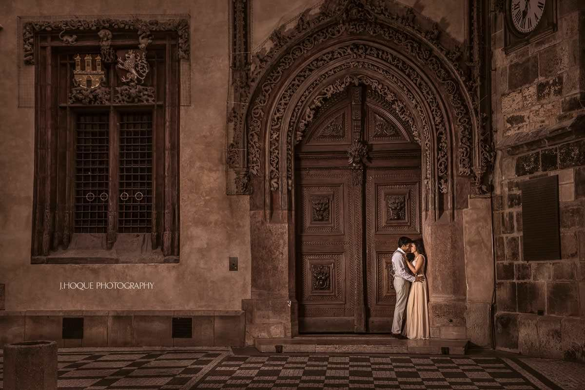 Couple in Old Town Square Prague | Luxury Asian Destination Wedding Photography