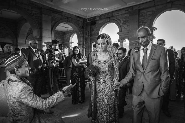 Hever Castle Asian Wedding | Kent Wedding Photographer | 0391-BW