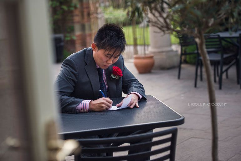 Best man writing speech | Asian Wedding Photographer Kent | Hever Castle | 0595