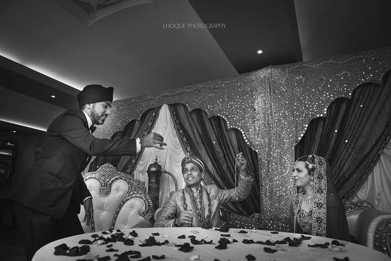 Magic Singh | Asian Wedding Photographer Kent | Hever Castle | 0757-BW