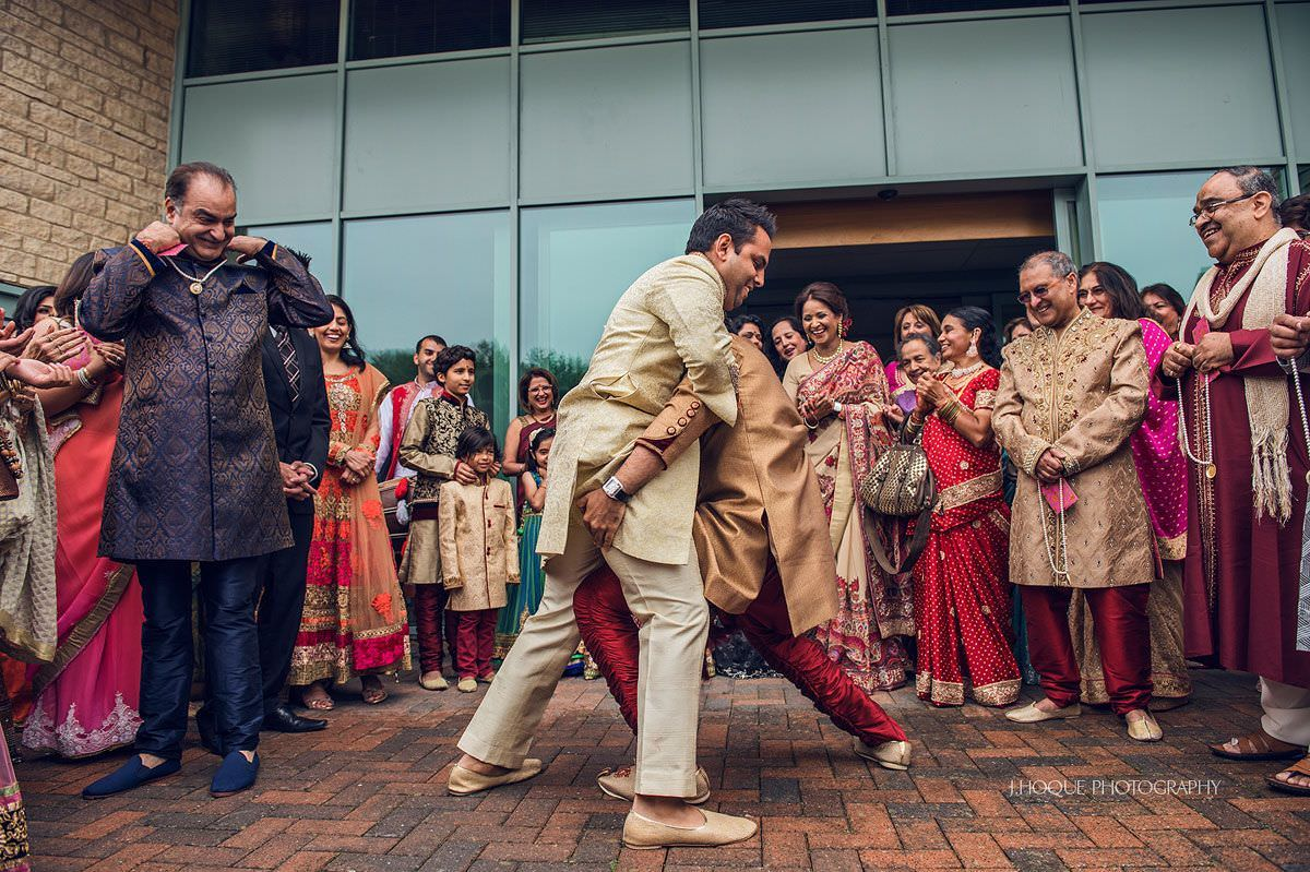 Milni | Indian Hindu wedding | Cotswold Four Pillars Gloucestershire