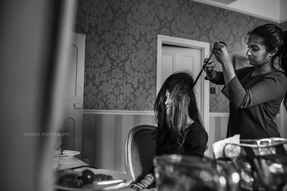 Bride getting ready | Hertfordshire Tamil Wedding Photographer | BW-03