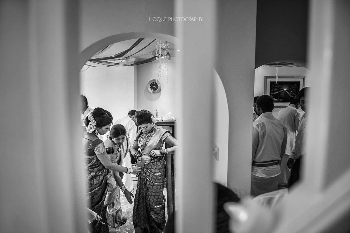 Grooms sister and family getting ready for Hindu Wedding Ceremony | Tamil Documentary Wedding Photography | BW-14