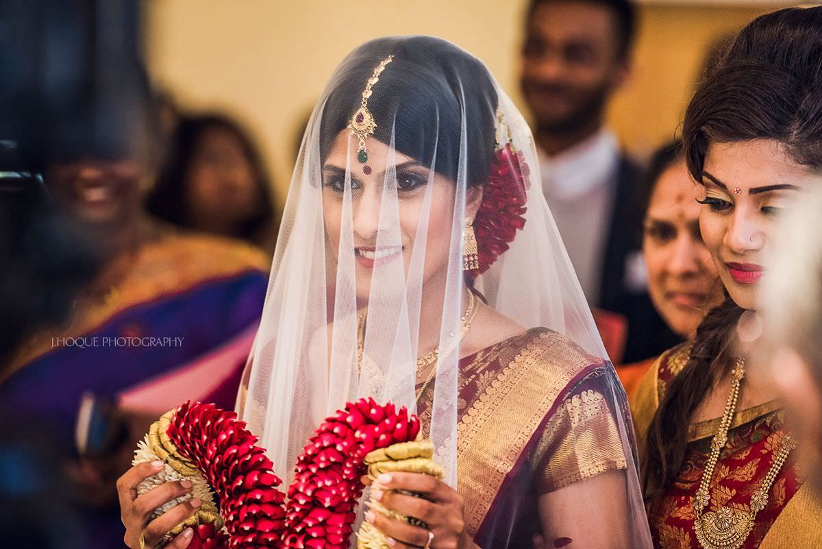 Tamil Hindu Wedding | Shendish Manor | Hertfordshire Documentary Wedding Photographer | 33