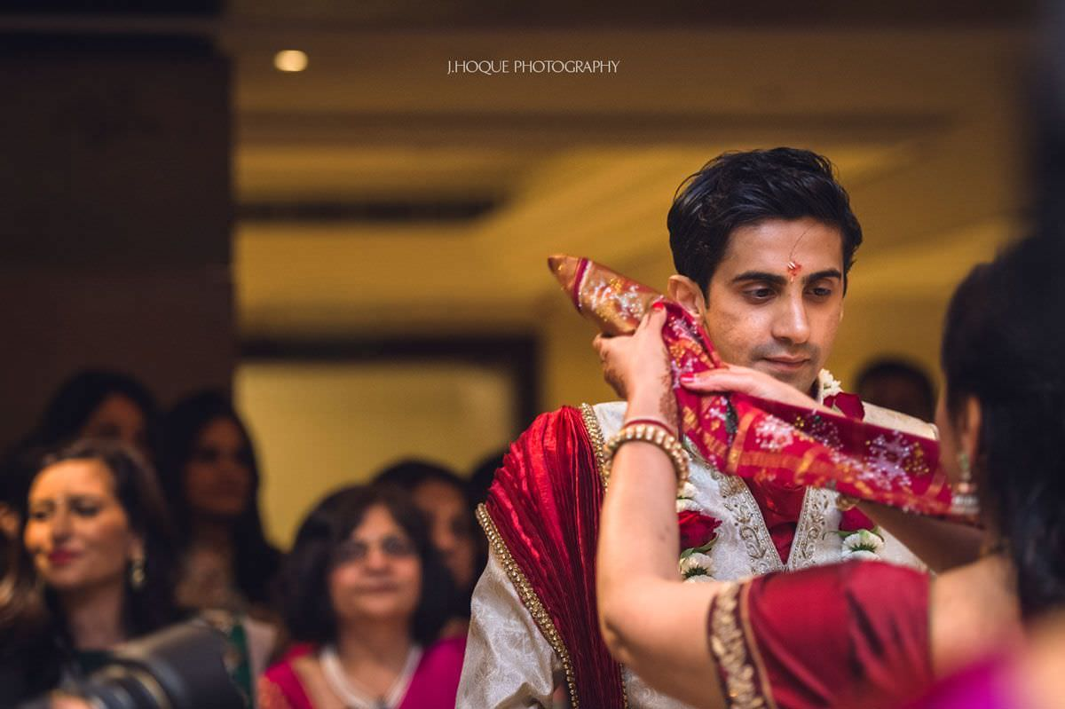 Brides mother greets groom | Luxury Indian Wedding at Intercontinental Park Lane London